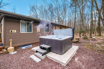 Outdoor Hot Tub of our Lake Harmony Home for Rent.