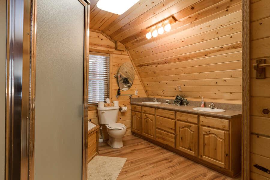 Roger Dodger ~ shared full bathroom in main house on upper level