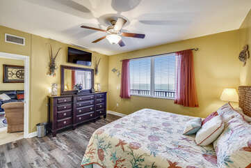 (King) Master bedroom with view of the Gulf