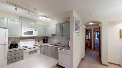 Fully equipped kitchen enabling home cooked meals throughout your stay