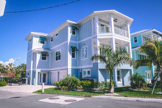 Exterior view of this vacation rental Fort Myers Beach Florida