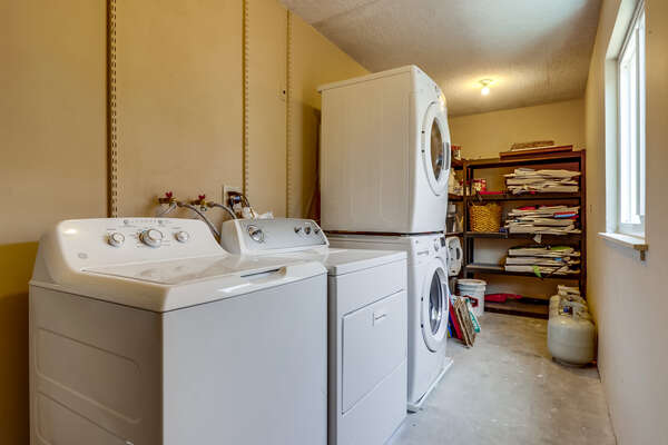 Laundry room near carport
