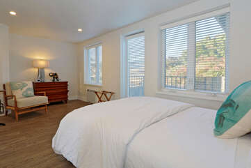 Sunset Suite Master Bedroom, with Queen bed access to the pool