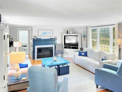 View from the dining area to the living room - 25 Grey Neck Road West Harwich Cape Cod - New England Vacation Rentals