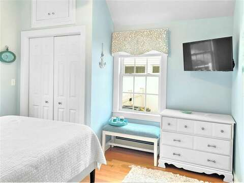 Bedroom #1 with Queen bed and Flat Screen TV - 25 Grey Neck Road West Harwich Cape Cod - New England Vacation Rentals