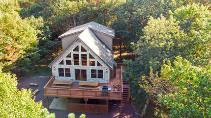 aerial shot of a home for rent in lake harmony pa