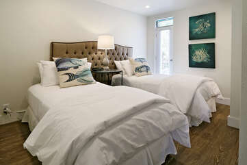 Bedroom # 2 (You may choose a King bed or 2 Twin beds)