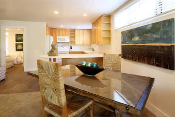 Dining area to kitchen view