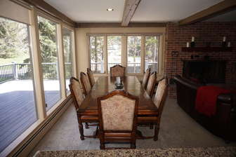 Stately Dining Set with Big Views