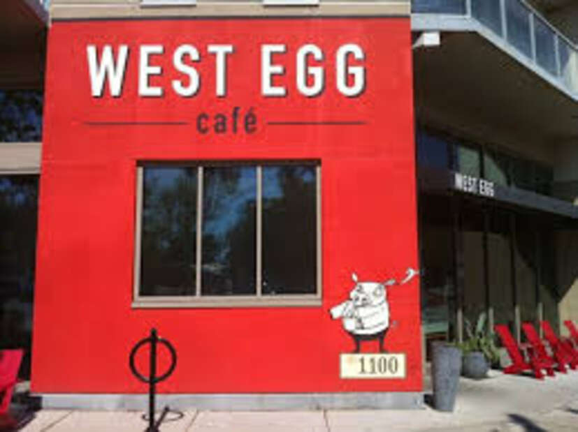 Front Picture of the West Egg Cafe.