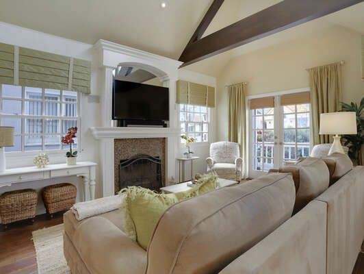 Open Living Room w/ Vaulted Ceilings - Entry Level (Second Floor)
