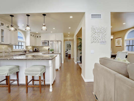 Open Living Space w/ Vaulted Ceilings - Entry Level (Second Floor)
