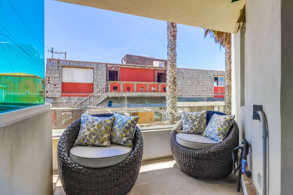 Outdoor Balcony of this Mission Beach oceanfront rental.