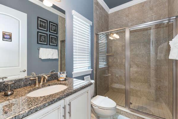 En-suite bathroom with walk in shower