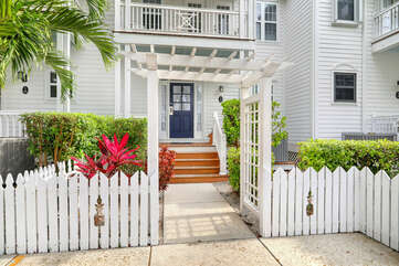 Secluded, gated community with sidewalks throughout.  Lots of Florida Keys charm!