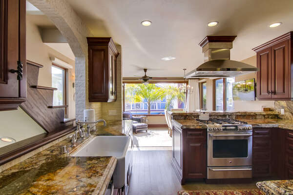 Enjoy a Fully Upgraded Kitchen in San Diego Rental in Mission Beach.