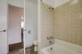 Full bathroom connected to master bedroom.