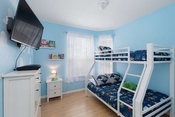 Kids will have a blast in this room with their favorite space ranger