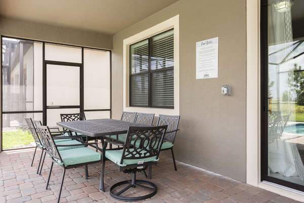 Enjoy meals al fresco with seating for 8