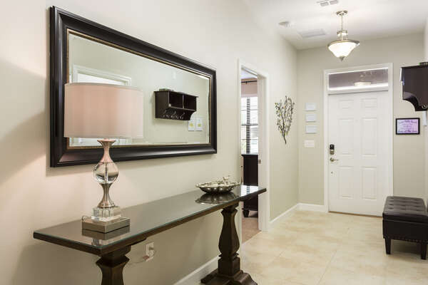 You will be welcomed by the luxurious decor as soon as you walk in the door