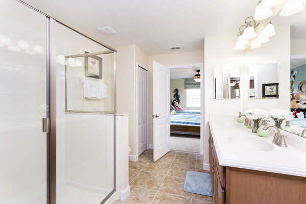 A jack and jill bathroom connects bedroom 5 with the kids bedroom