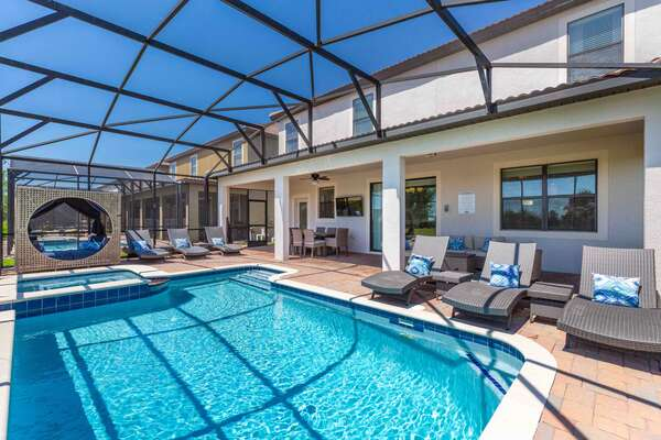 Stay at Champions Paradise for an unforgettable Orlando Vacation