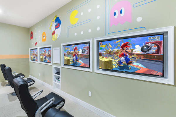 Play a friendly game on the four 47-inch SMART TVs connected to a PlayStation 4 and Xbox 360