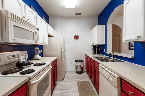 A fully equipped kitchen with all you need