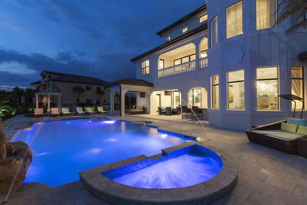 This pool deck is simply fantastic and will be a highlight of your vacation