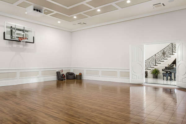 The sports hall/private ballroom with indoor basketball court will be a hit