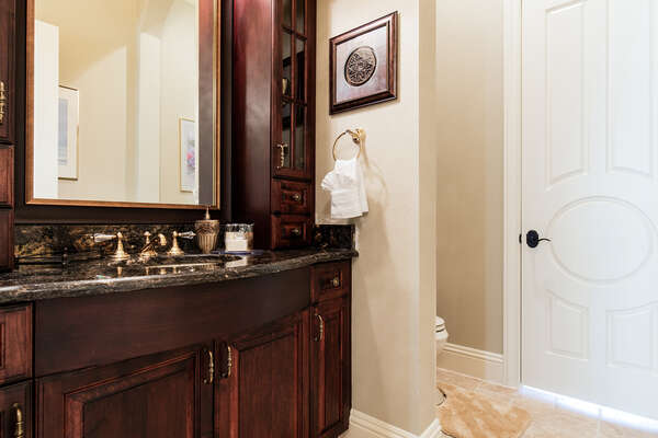 Bathroom with easy access to the pool