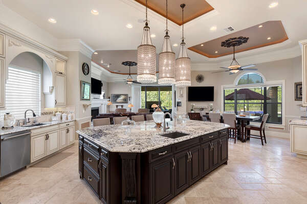 The open kitchen and living area is perfect for your vacation
