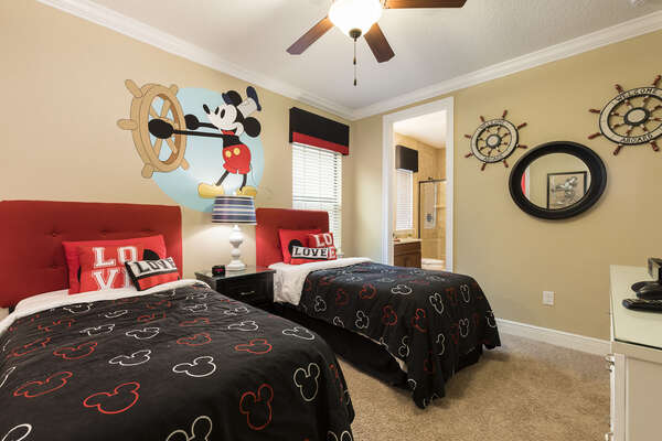 The kids bedroom features 2 twin beds