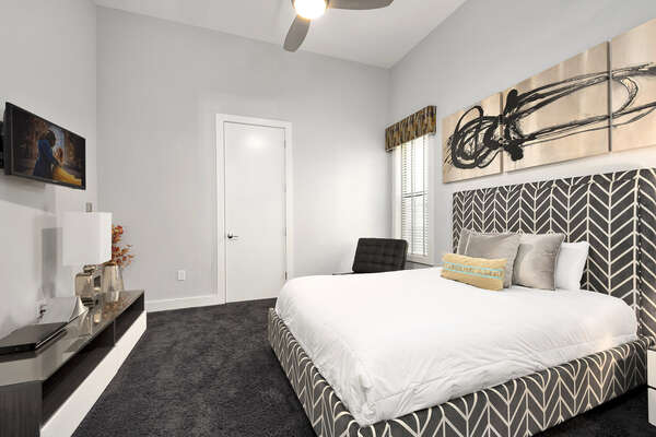The third master suite features a queen size bed and 32-inch TV
