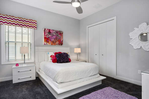 Sleep comfortably in this bedroom with a queen size bed