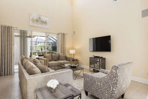 The newly furnished living area makes you feel right at home