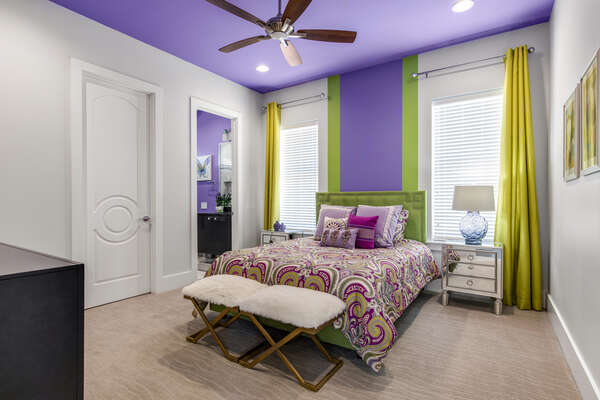This chic bedroom is perfect for your vacation with a queen bed