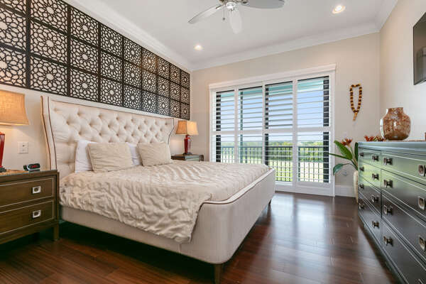 Arabian Gulf Suite features a king size bed and access to patio balcony