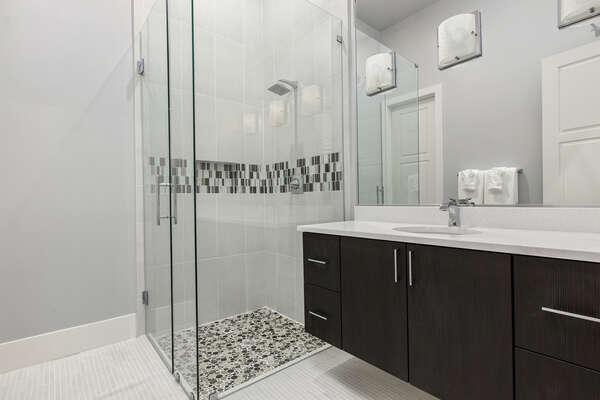 Ensuite bathroom to suite 7