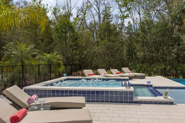 Lounge in the Florida sun and enjoy your relaxing days after the parks
