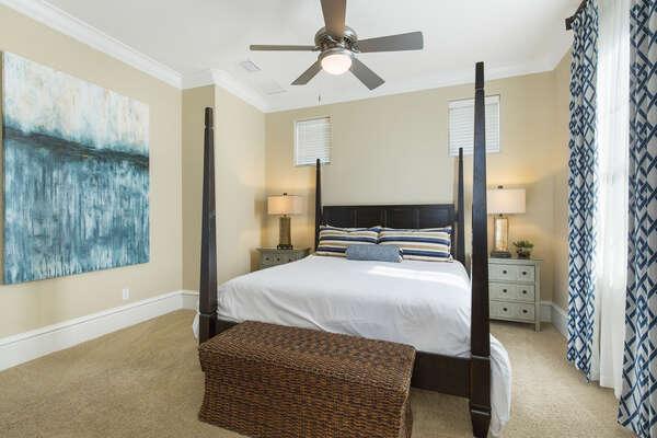 Huge comfy king sized bedroom