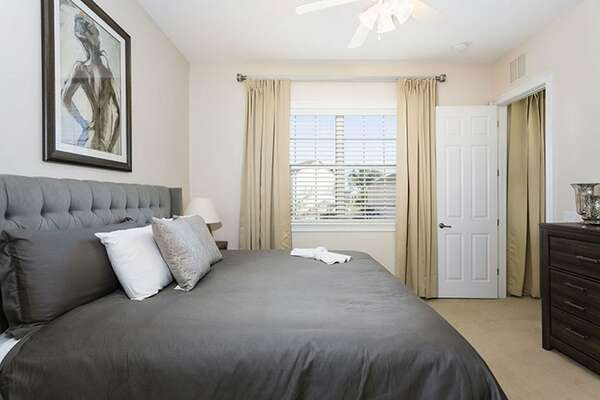 Bedroom 5 is located in the annex and features a king size bed