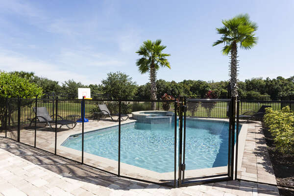 A pool fence for worry-free patio time