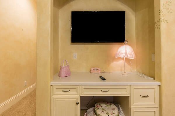 The perfect vanity for your little ones to get ready at