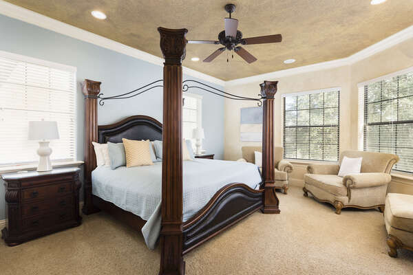 Beautiful 2nd upstairs king master bedroom