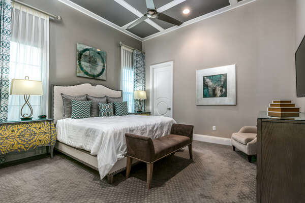 Master suite with king size bed and en-suite bathroom