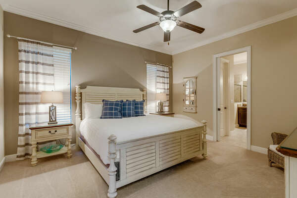 Sleep soundly in the fourth master suite