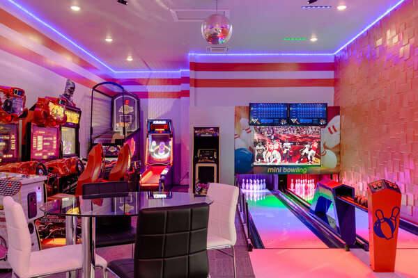 Welcome to the White House Bowling Alley and Arcade