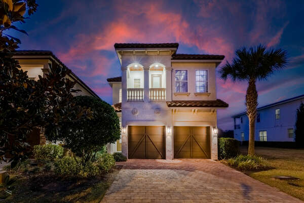 Book your stay at the Super Retreat rental vacation home, perfect for your next Orlando family vacation