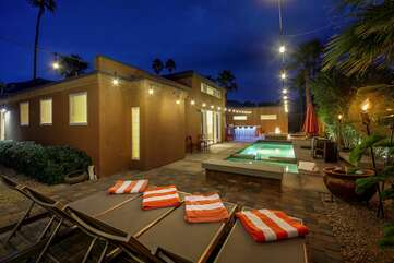 Take a break on one of the four loungers, the perfect spot to watch the stars.